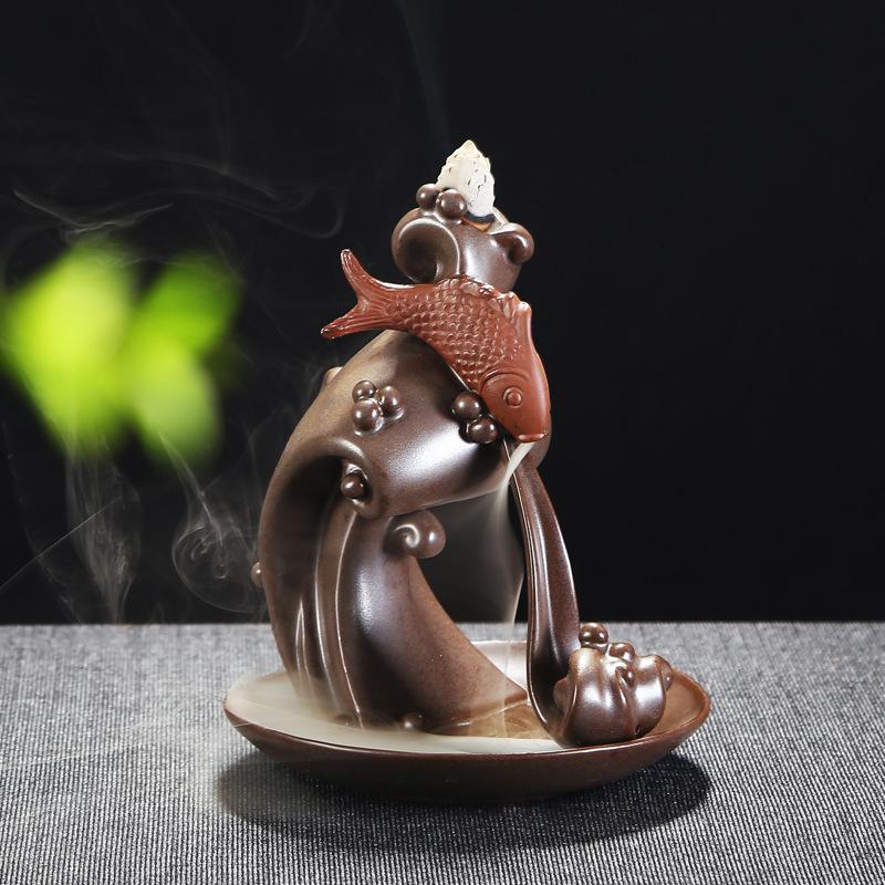 Thác khói trầm hương cá chép