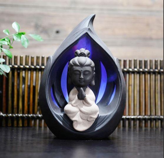 Thác khói trầm hương Phật bà tọa thiền